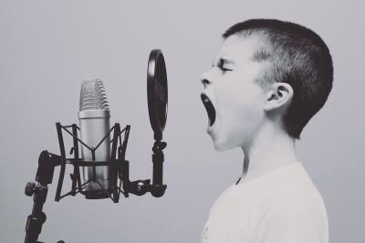 Enfant qui chante - Lien vers le blog chant